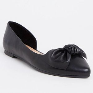 TORRID Black Leather Pointed Bow D'orsay Flat 10.5